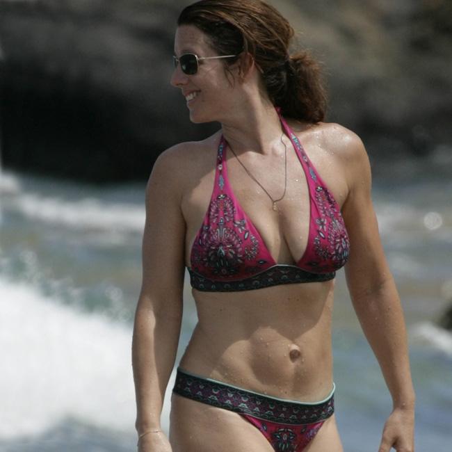 Sara mclaughlin in bikini